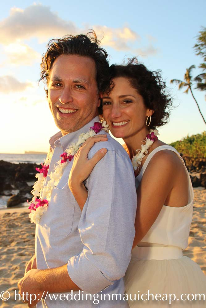 Affordable Barefoot Maui Wedding packages